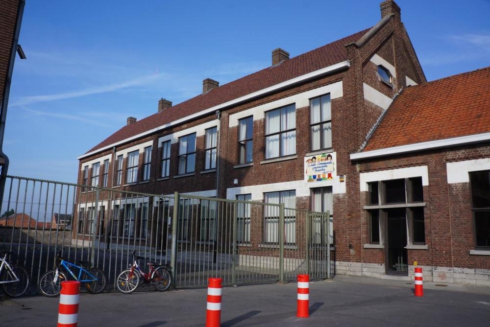 École communale Basècles